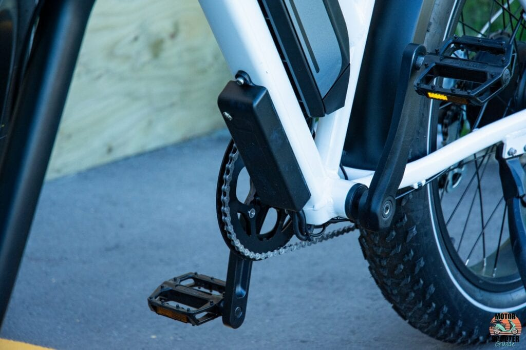 Motor controller placement on Himiway Cruiser Step-Thru