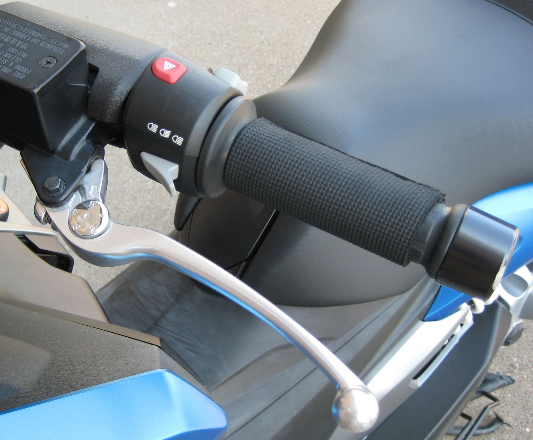 Left throttle with brake lever and switches
