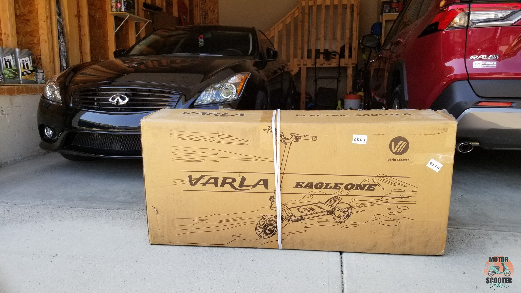 Varla Eagle One scooter in the box