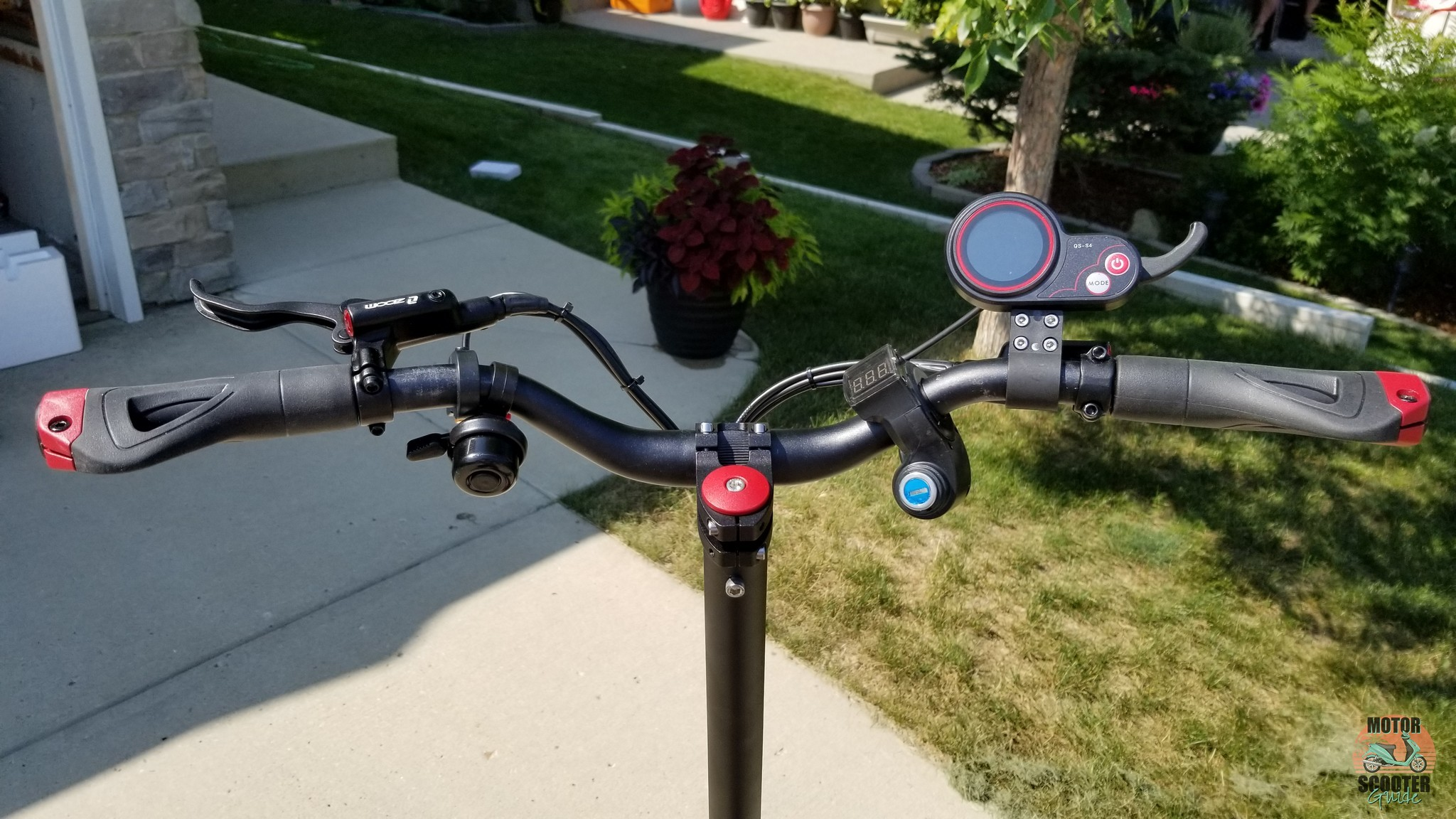 Rider facing view of the Eagle One handlebar